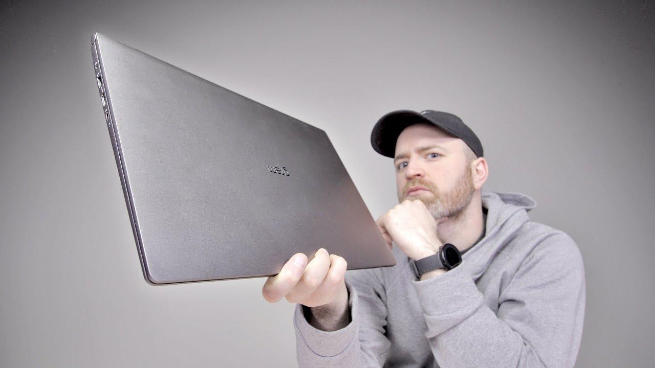 17″ notebook s váhou 13″ modelů