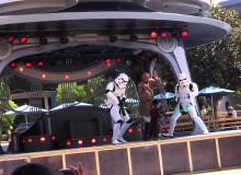 Akční Jedi v Disneylandu