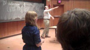 Falešný profesor oklamal studenty