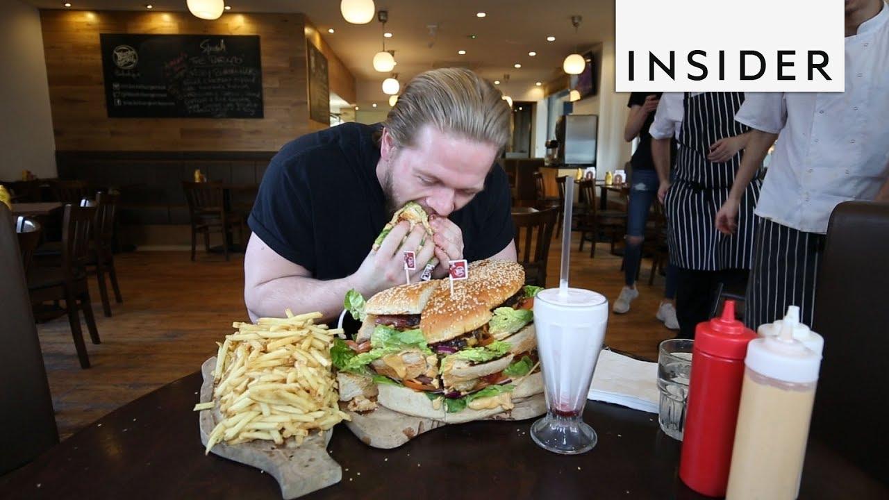 Jak se žere největší burger v Evropě