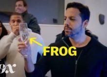 Jak si David Blaine nechávává vyskakovat žáby z pusy