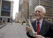 První uskutečněný telefonát z mobilu