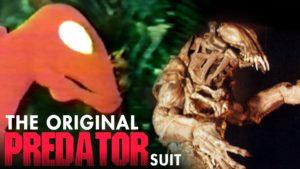 Původní maska Predátora s Jean-Claude Van Dammem