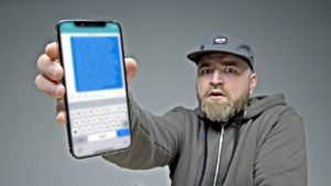 Tato zpráva vám blokne iPhone