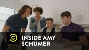 V Amy Schumerové: Holka, ty nepotřebuješ makeup!