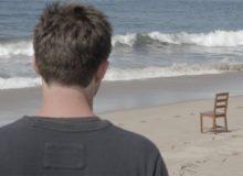 Židle na pláži